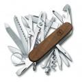 Нож Victorinox SwissChamp Wood 1.6791.63