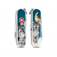 """Нож Victorinox Classic LE 2017 """"The Wolf is coming Home"""" 0.6223.L1704"""